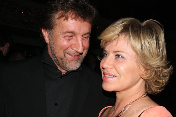 фото ярмольник с женой