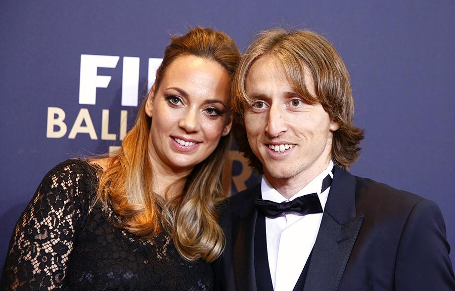 футболист Лука Модрич с женой
