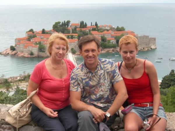 На фото: семья Сергея Дроботенко