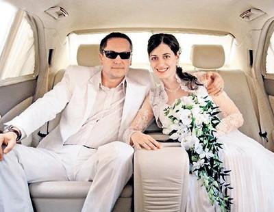 Фото бывшей жены соколова андрея