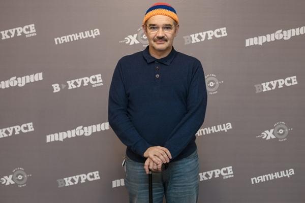 Последние годы Антон Носик передвигался с палочкой