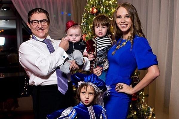 Дибров с детьми