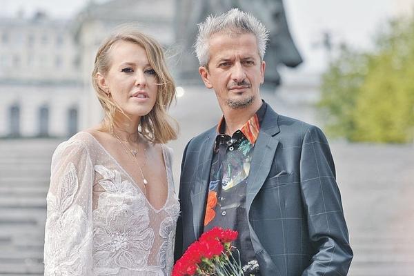 С мужем Константином Богомоловым