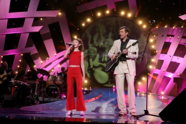 Александр Новиков и Наталья Штурм на сцене « style=»display: block; margin-left: auto; margin-right: auto;