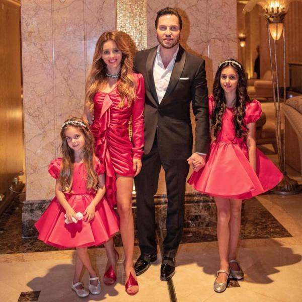 Александр ревва с детьми