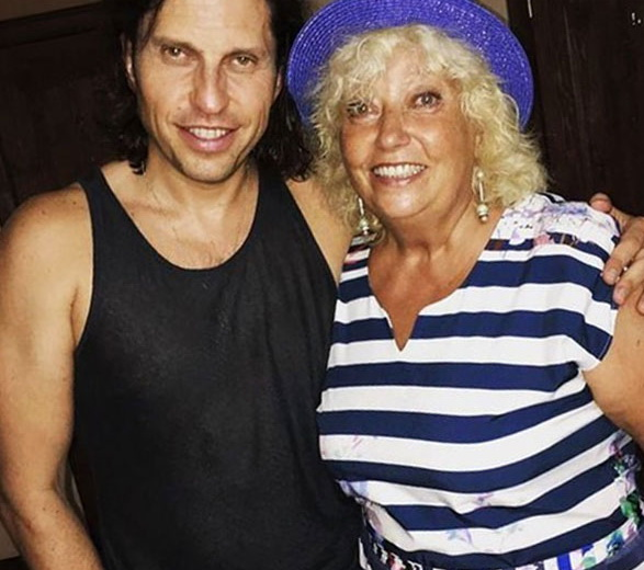 Александр Ревва с мамой
