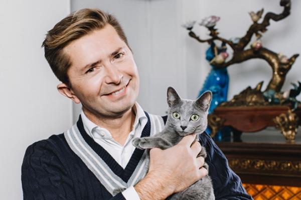 Александр Селезнёв и кошка Мурка