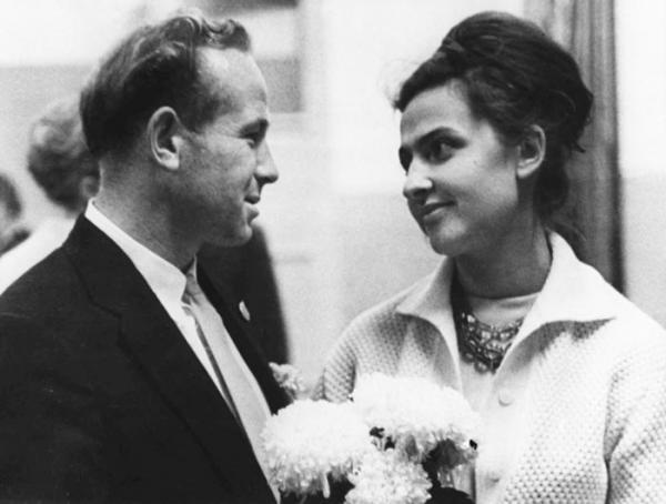 Свадьба Леонова