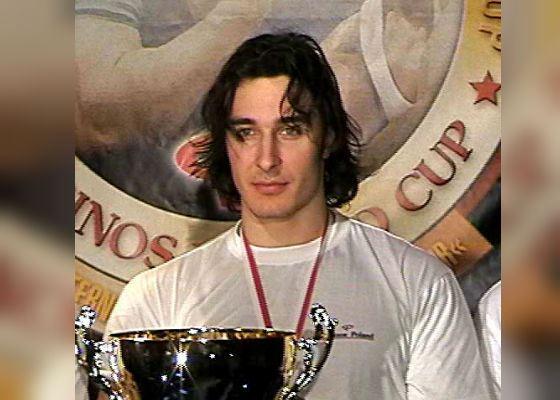 Алексей Воевода - подедитель Кубка Мира по Армрестлингу (2003 г.)