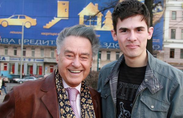 Андрей Дементьев с внуком Андреем