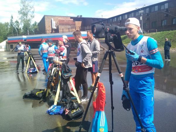 На фото: Артемий Хасанкаев на стрельбище