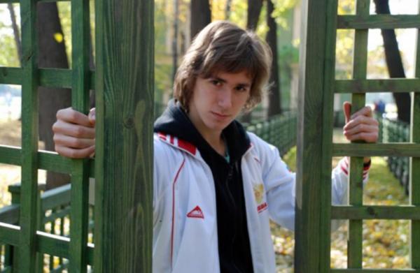 На фото: Даниил в юности