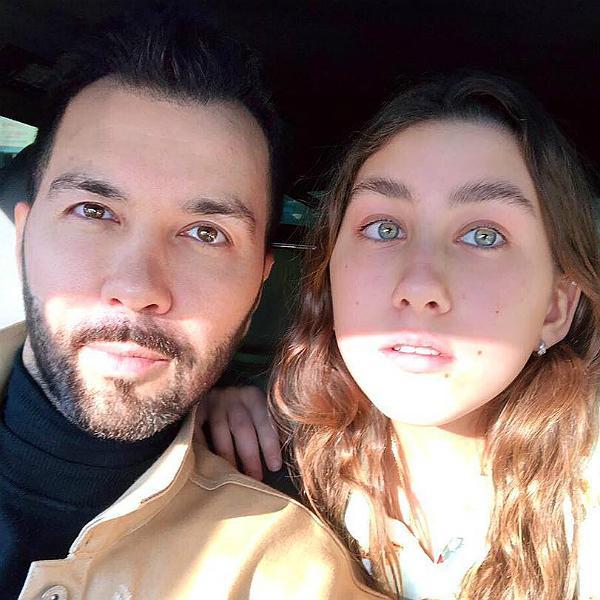 Денис с дочерью