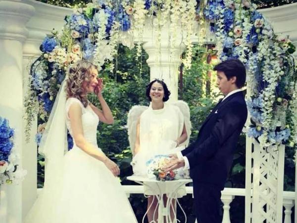 Фото со свадьбы актера