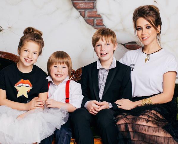 Дети Юлии Барановской (сыновья и дочь)