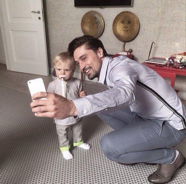 Дима Билан со своим крестным сыном