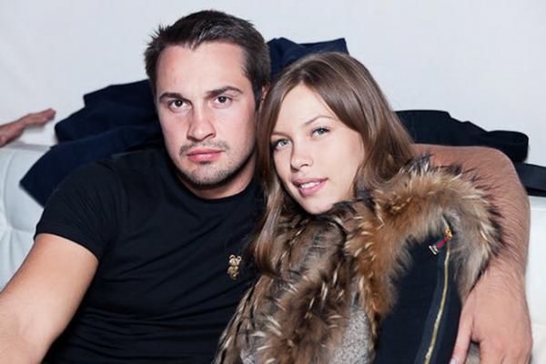 Дмитрий Носов со второй женой Дарьей