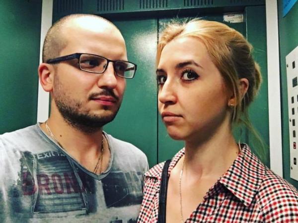 На фото: Дмитрий Позов с женой