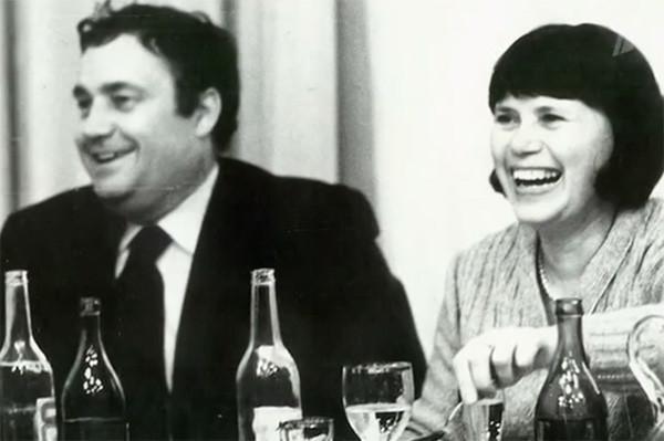 На фото: Эльдар Рязанов с первой женой