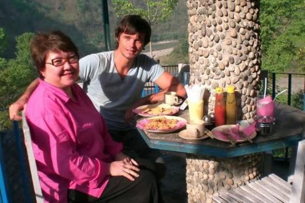 На фото: Игорь Григорьев и его жена Айкен Куатбаева