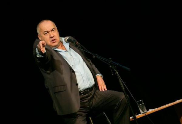 Игорь Маменко на сцене