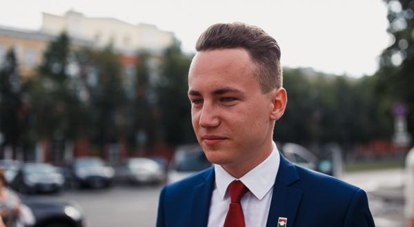 На фото: сын мэра Кемерово Даниил