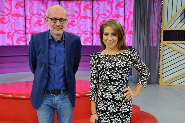 На фото: Юлия с партнером по передаче «Мужское/Женское» Александром Гордоном