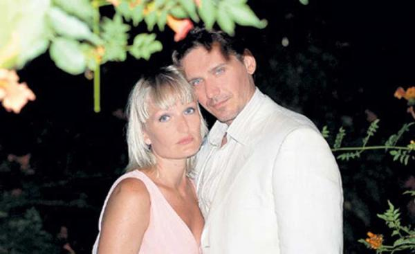На фото: Юрий Батурин с женой Ириной