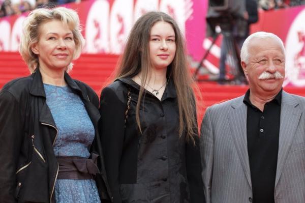 Леонид Якубович с женой Мариной
