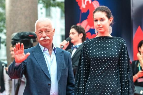 На фото: Леонид Якубович и его дочь Варвара