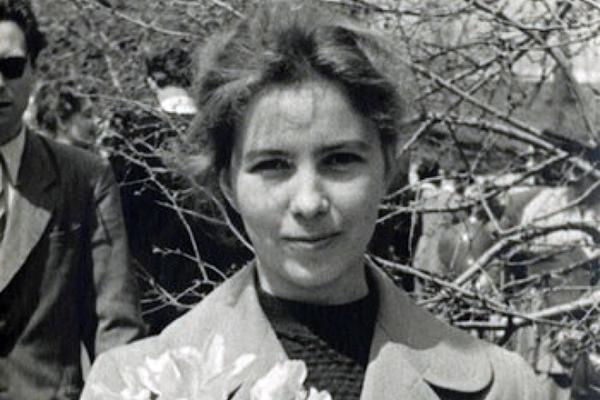 На фото: Раиса Горбачева в молодости