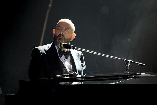 Михаил Шуфутинский на сцене