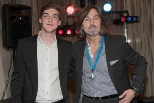 Сын Никаса Сафронова Стефано с отцом