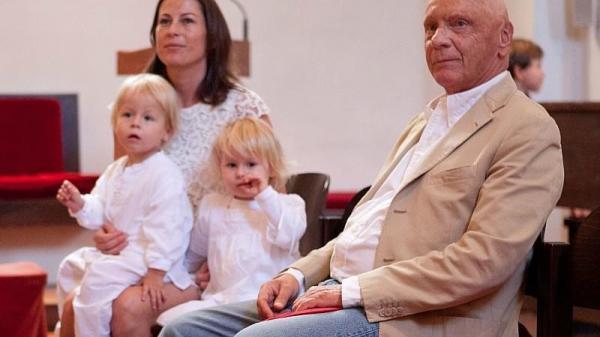 Ники Лауда с женой Биргит и детьми - Макс и Миа