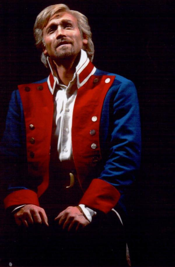 Мюзикл «Les Miserables», в роли Жана Вальжана Олег Винник