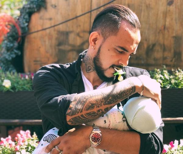 На фото: Натан со своим вторым сыном Ратмиром