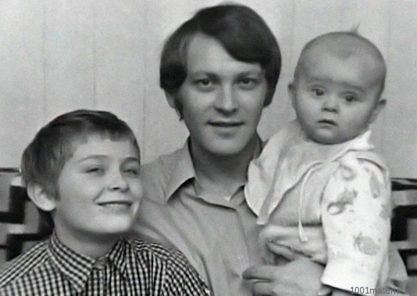 Владимир Ивашов с сыновьями Олегом и Алексеем