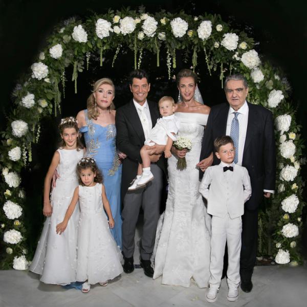 Венчание Сакиса Руваса и Кати Зигули