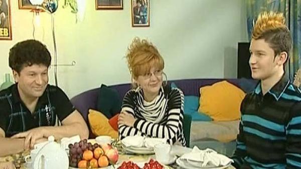 Сергей Минаев с женой Аленой и сыном Сергеем