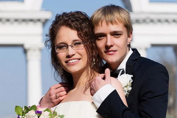 На фото: Сын Сергея Зверева и его бывшая жена