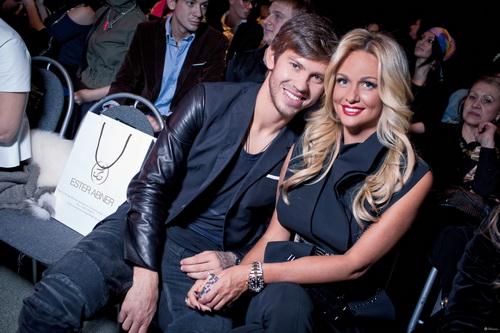 На фото: Федор Смолов и Виктория Лопырева