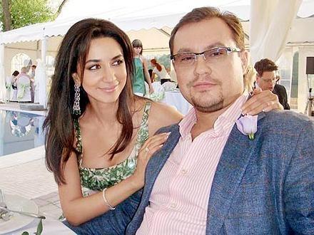 На фото: певица Зара со вторым мужем