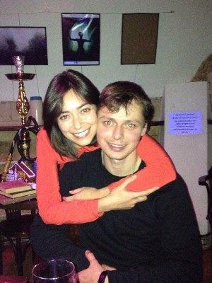 На фото: Виктор Комаров с женой