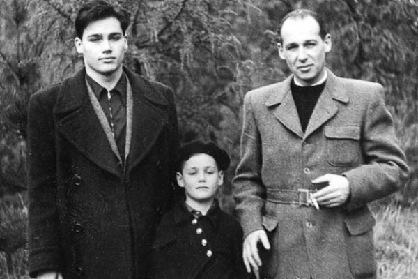 Владимир Познер с отцом и младшим братом