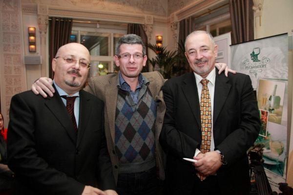 Артем Тарасов с партнерами