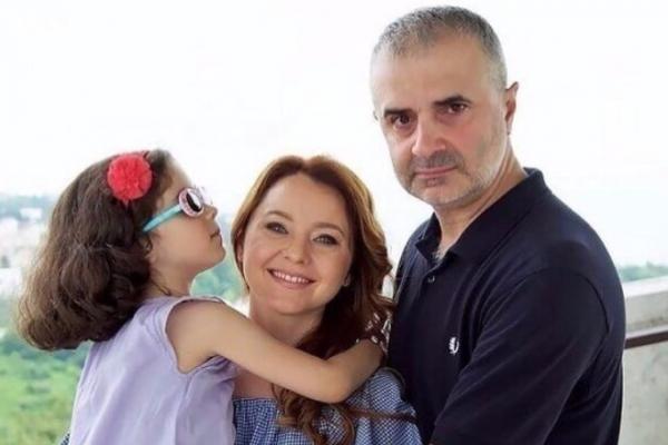 Артур и Валентина с их дочкой Соней