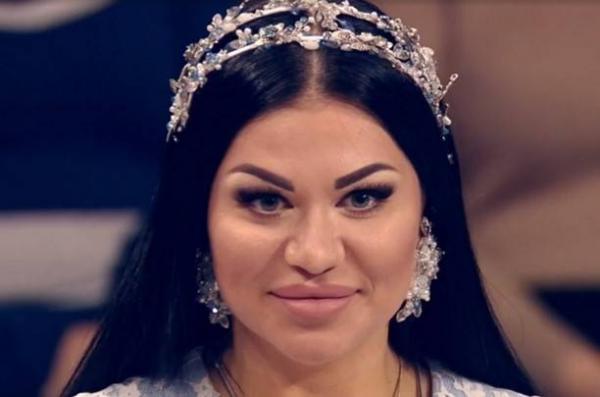 На фото: жена Дидюли Евгения