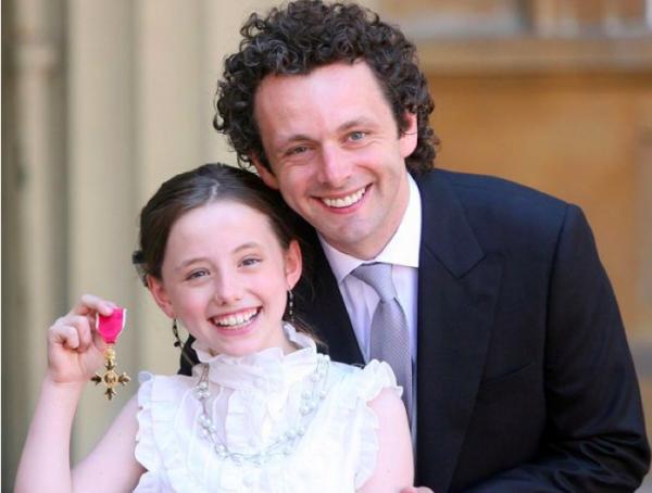 Майкл Шин с дочкой (в детстве)