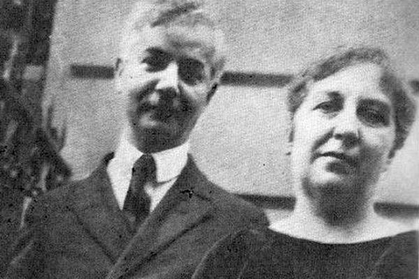 На фото: Саша Черный и его жена Мария Васильева