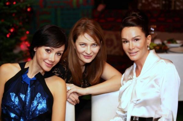 На фото: Ольга Магомедова (крайняя справа)
